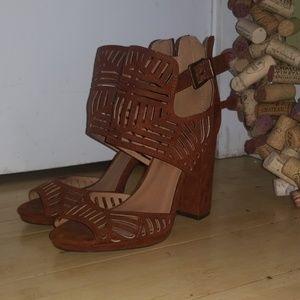 Saude patterned heels size 6.5